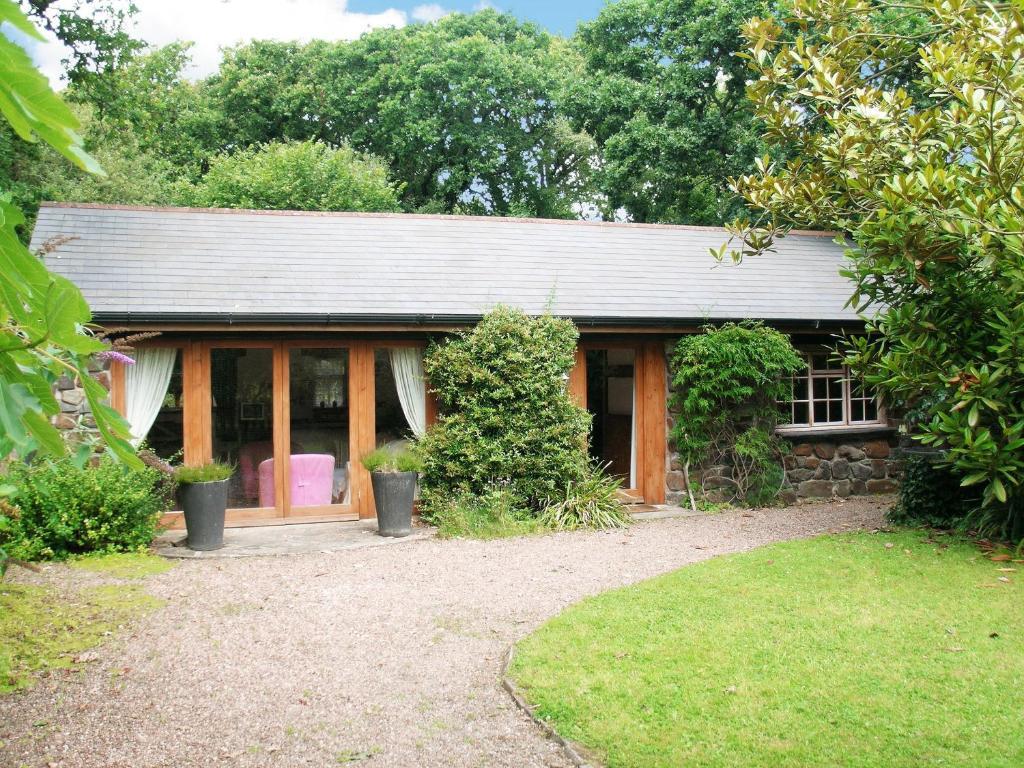 Oaktree Cottage in Instow, Devon, England