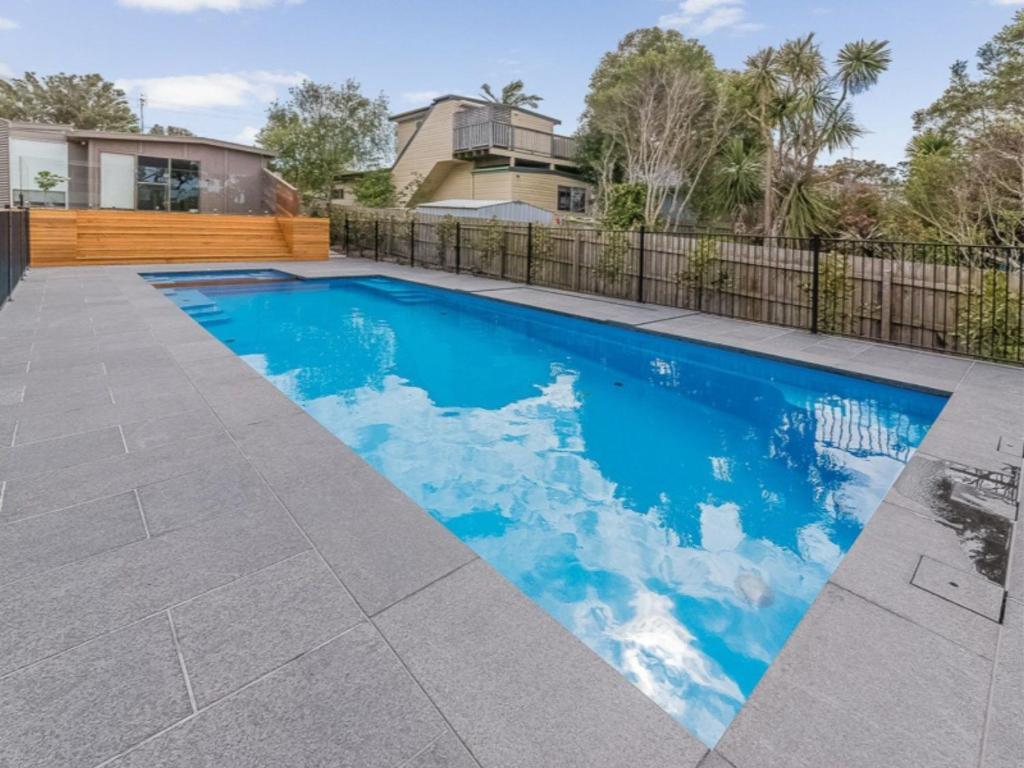 The swimming pool at or near 52 ON BAYVIEW - PET FRIENDLY (OUTSIDE ONLY)