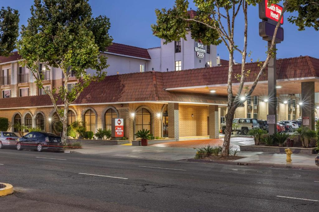 The Best Western Plus South Bay Hotel.