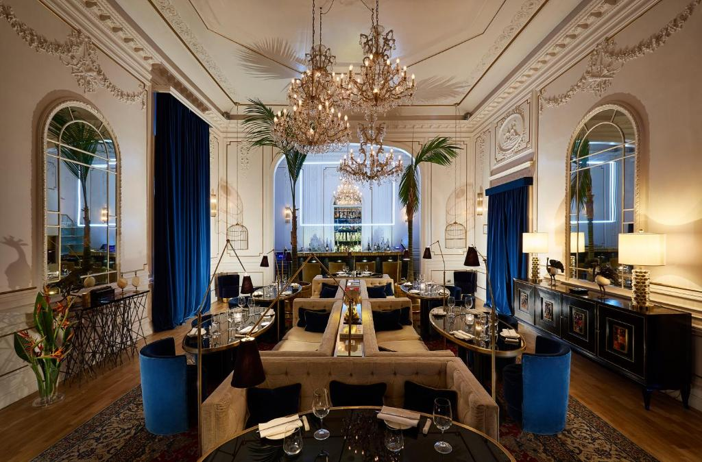 A restaurant or other place to eat at Palazzo Dama - Preferred Hotels & Resorts
