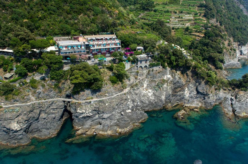 A bird's-eye view of Hotel Porto Roca
