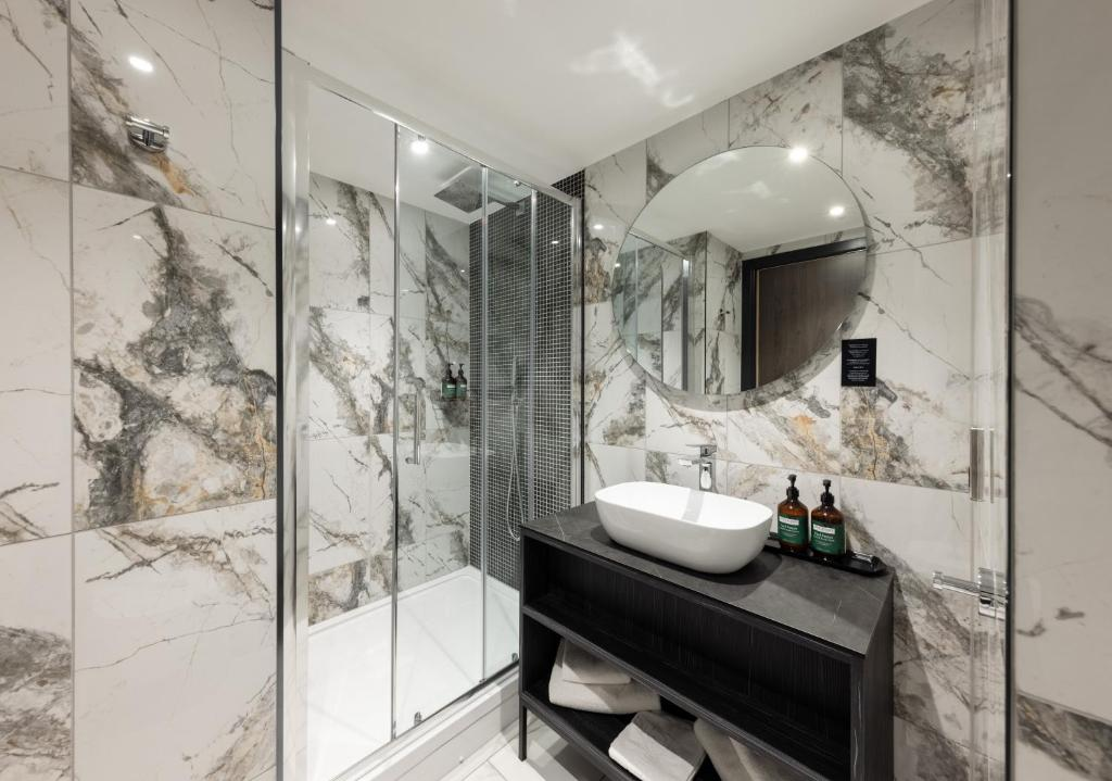 A bathroom at River Ness Hotel, a member of Radisson Individuals