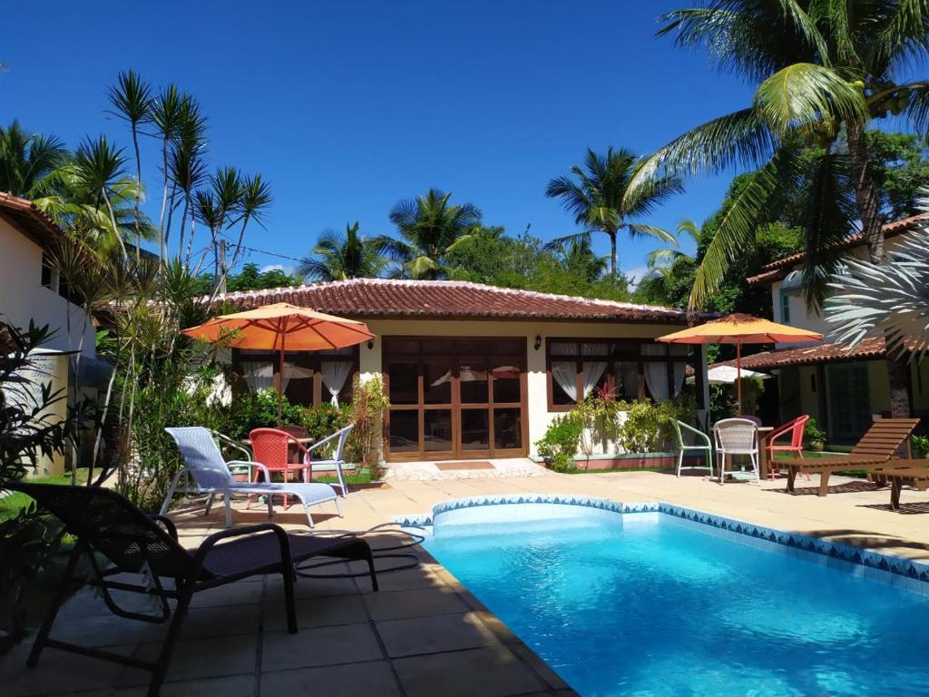A piscina localizada em Pousada Cantinho do Sossego ou nos arredores