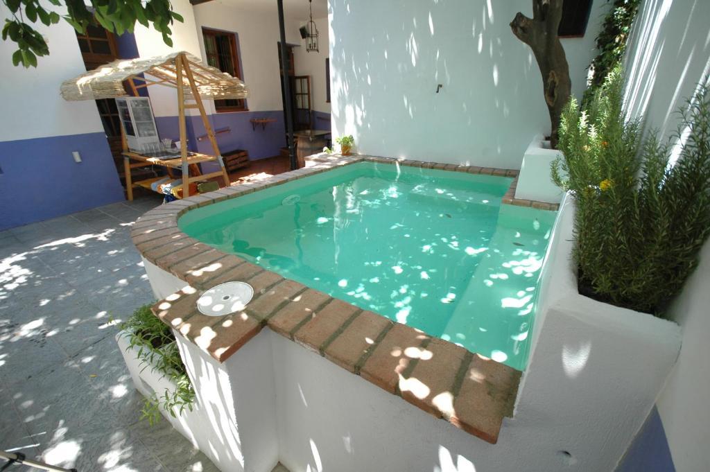Piscina di Hotel Casa de los Azulejos o nelle vicinanze