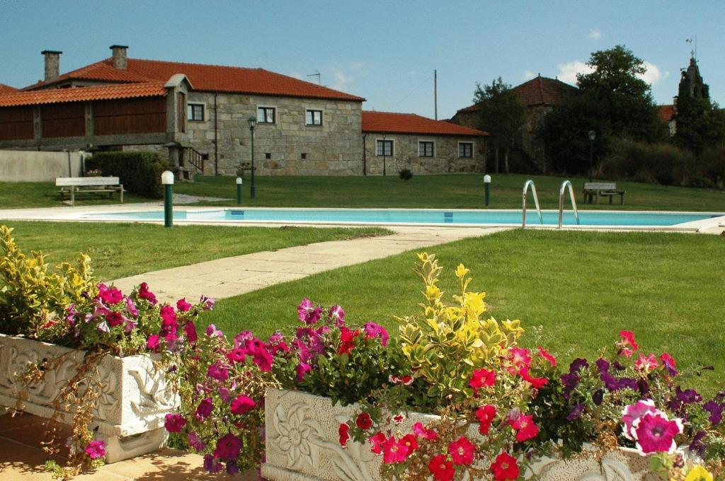 A piscina em ou perto de Casa Da Eira Longa