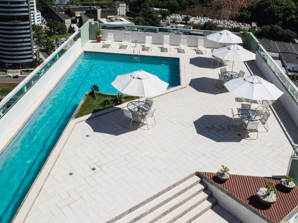 A view of the pool at Iguatemi Business & Flat or nearby