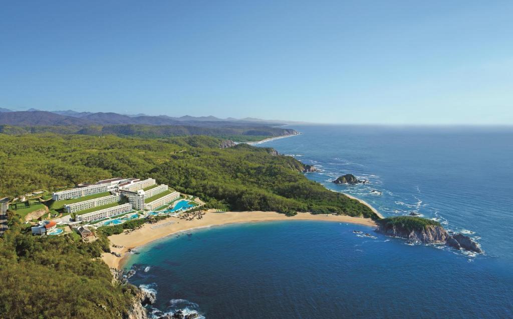 A bird's-eye view of Secrets Huatulco Resort & Spa