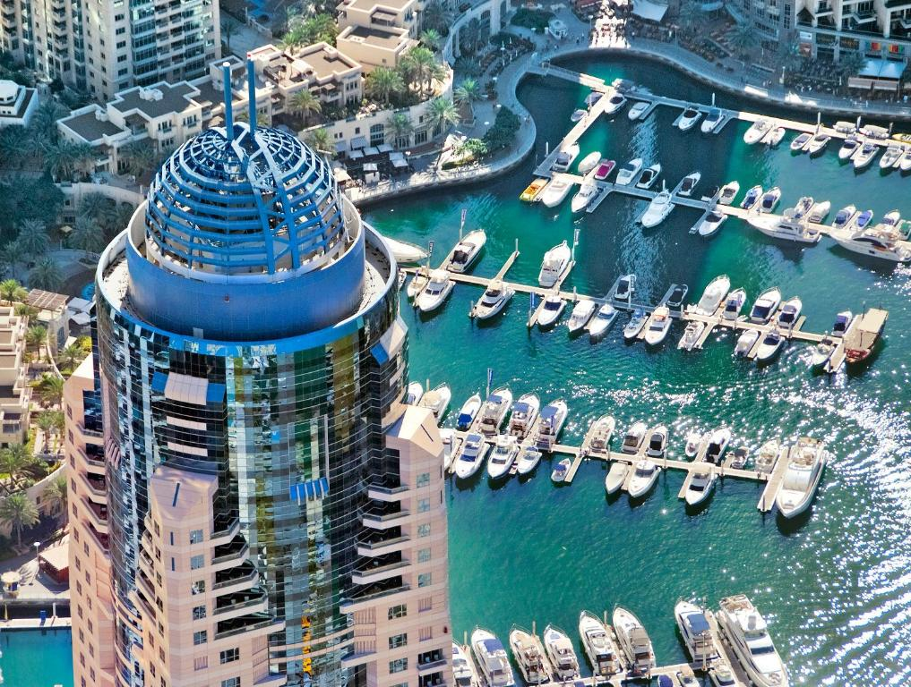 Dubai Marriott Harbour Hotel And Suites с высоты птичьего полета