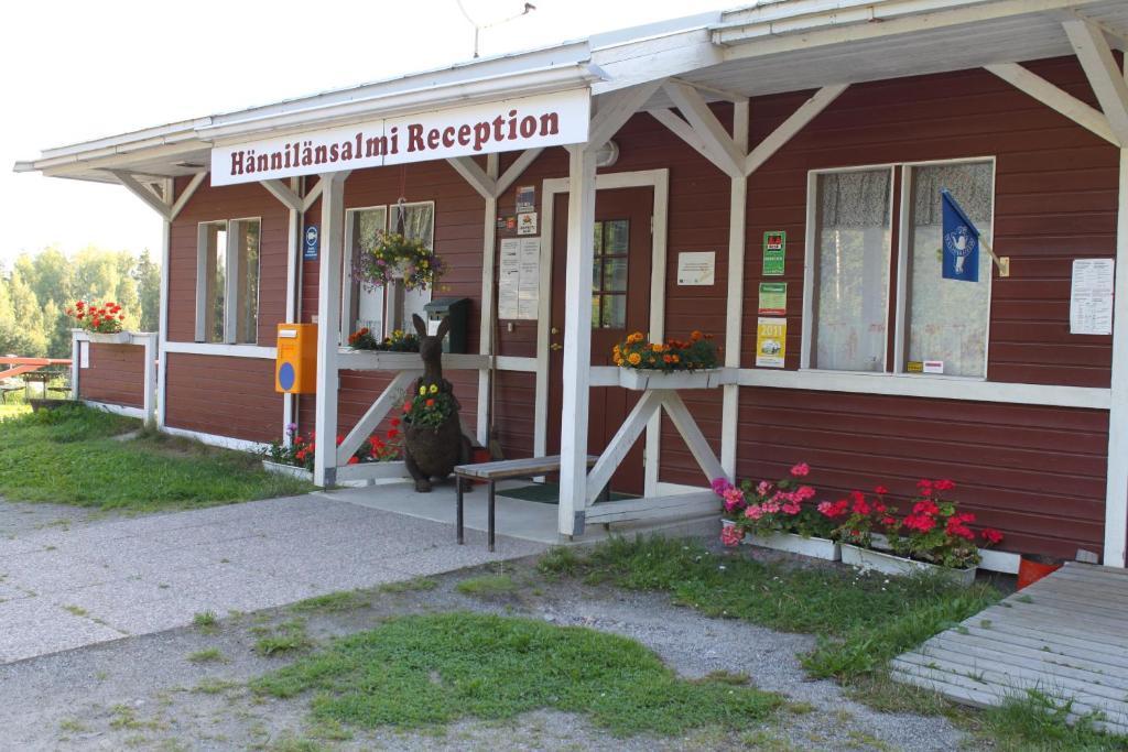 The facade or entrance of Hännilänsalmi Camping