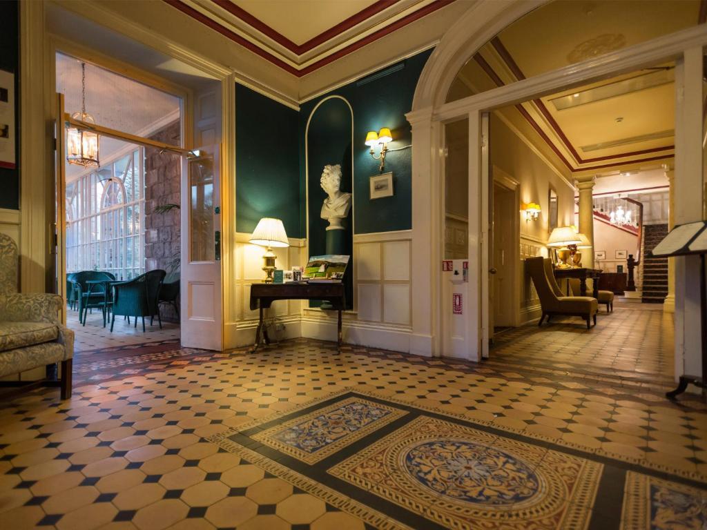 Macdonald Leeming House - Laterooms