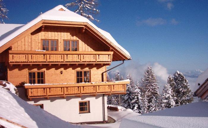 Almhaus Karantanien im Winter