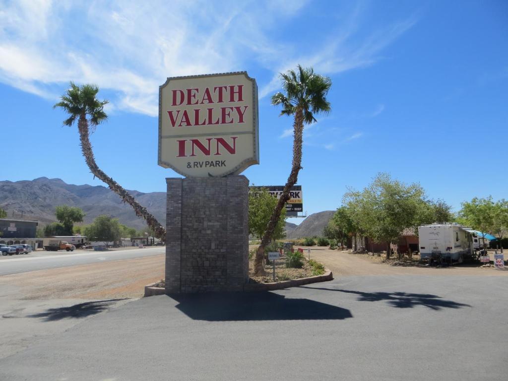 Het logo of bord voor het motel