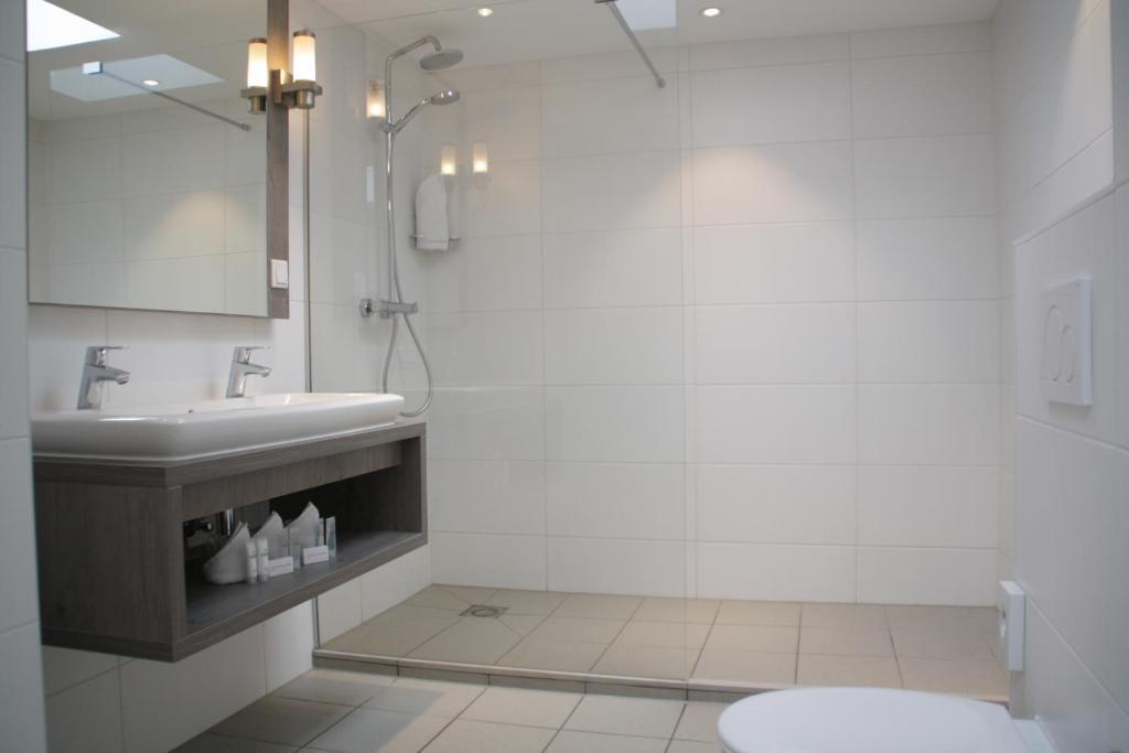 Salle de bains dans l'établissement Hotel Andante aan Zee