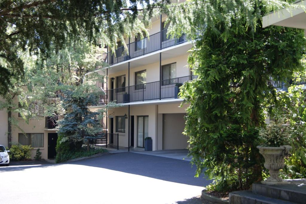 Grosvenor Court Apartments - Laterooms