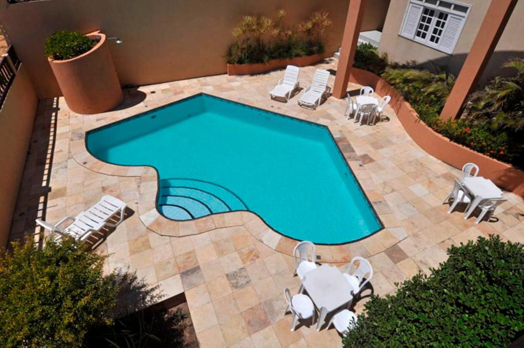 A view of the pool at Hotel Praia 2000 or nearby