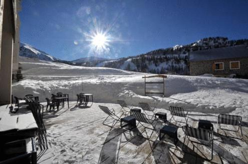 Hotel Le Druos during the winter