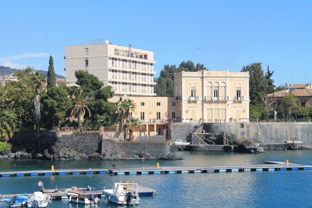 Бассейн в Hotel Catania Ognina или поблизости