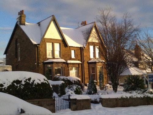 Errolbank Guest House during the winter