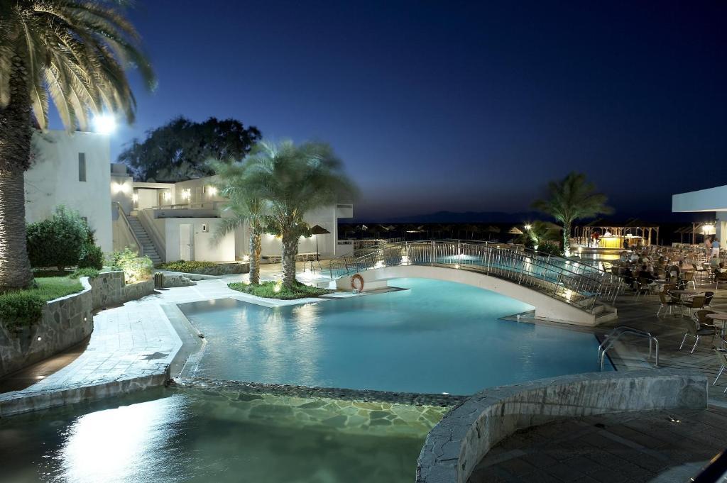 The swimming pool at or near Avra Beach Resort