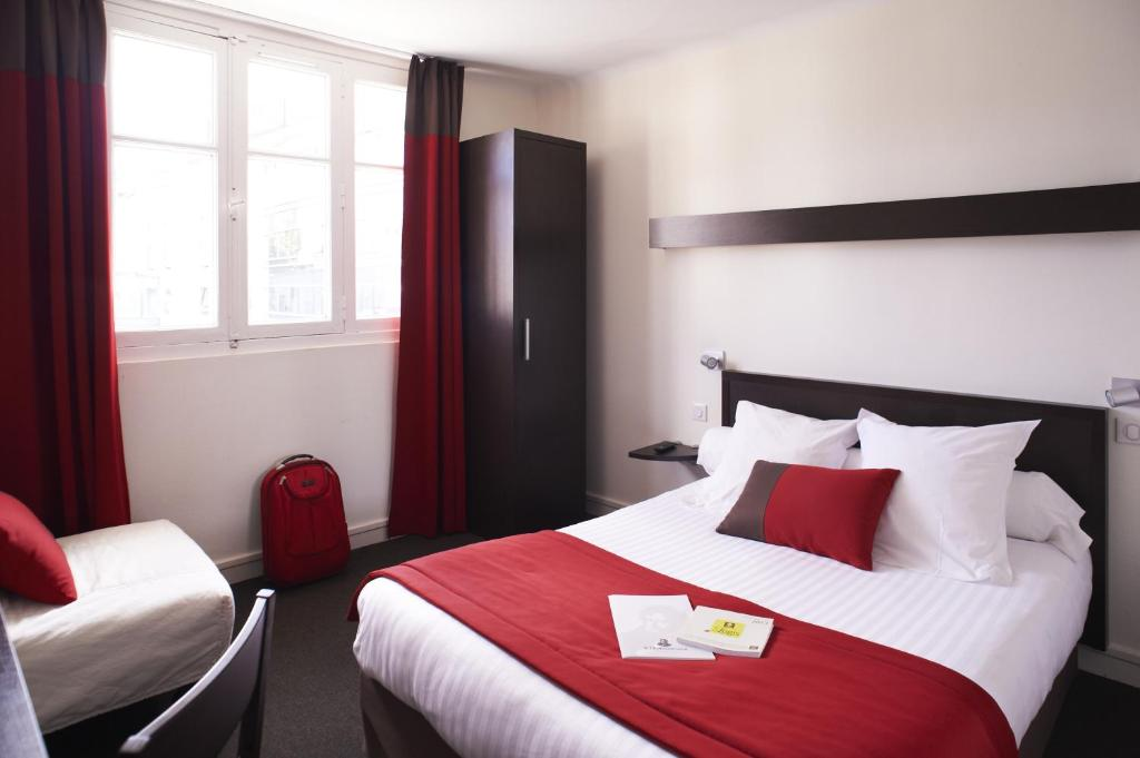 Logis Hotel Chateaubriand Nantes, France