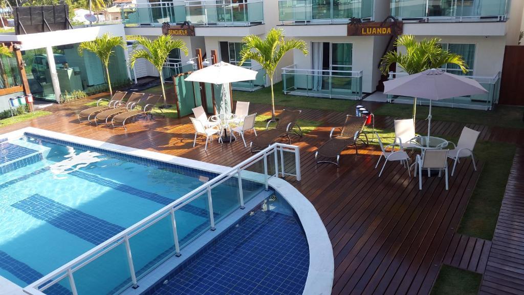 The swimming pool at or close to Pousada Palanca Negra