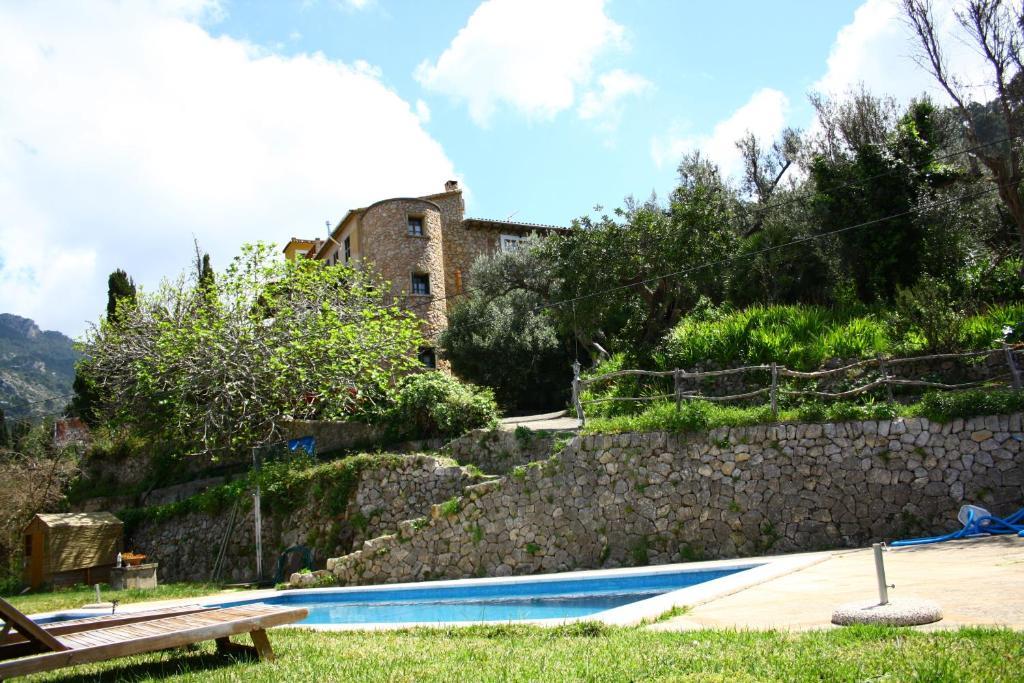 Бассейн в Sa Plana Petit Hotel или поблизости