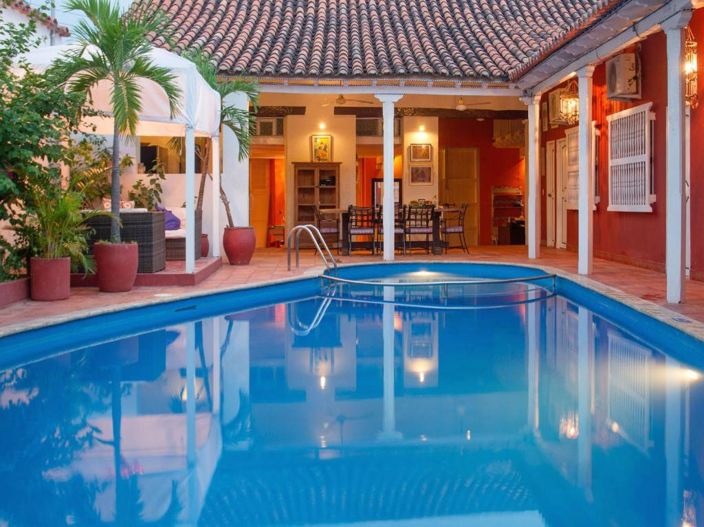 The swimming pool at or near Casa Relax