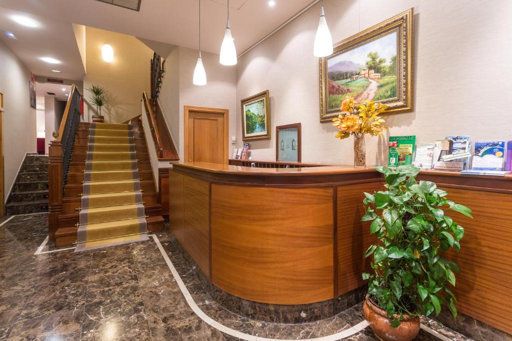 El vestíbulo o zona de recepción de Hotel Herradura