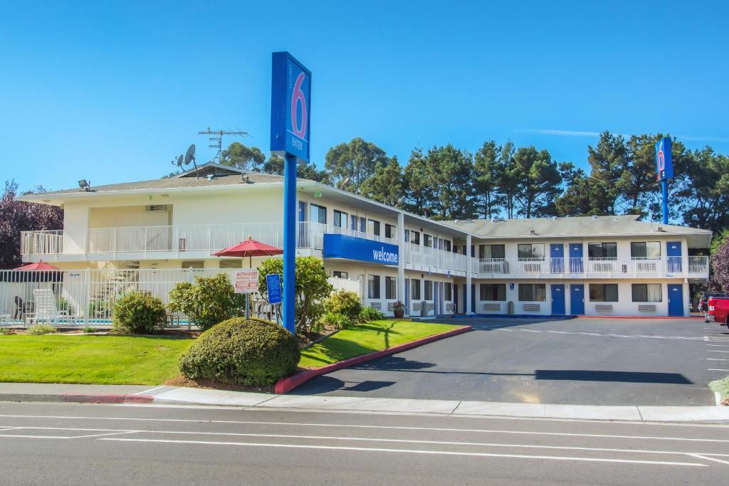 The Motel 6 Arcata CA - Humboldt University.