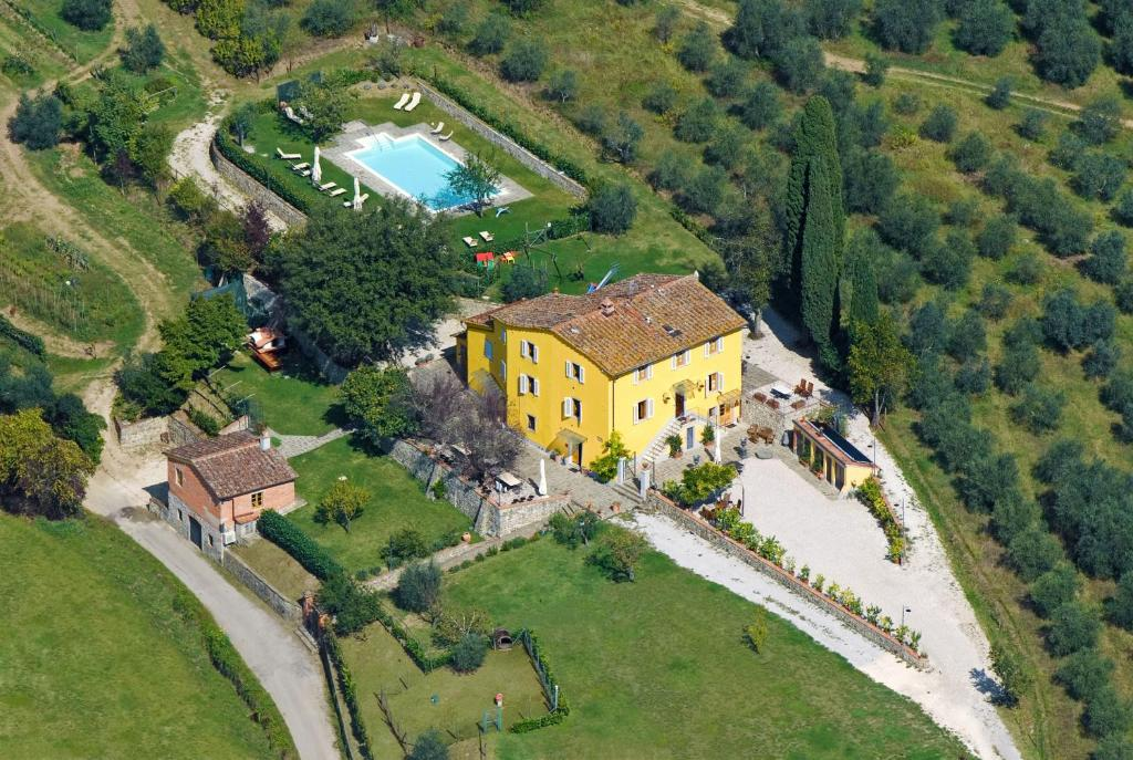 A bird's-eye view of Amedea Tuscany Country Experience