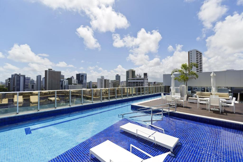 The swimming pool at or near Bugan Recife Hotel by Atlantica