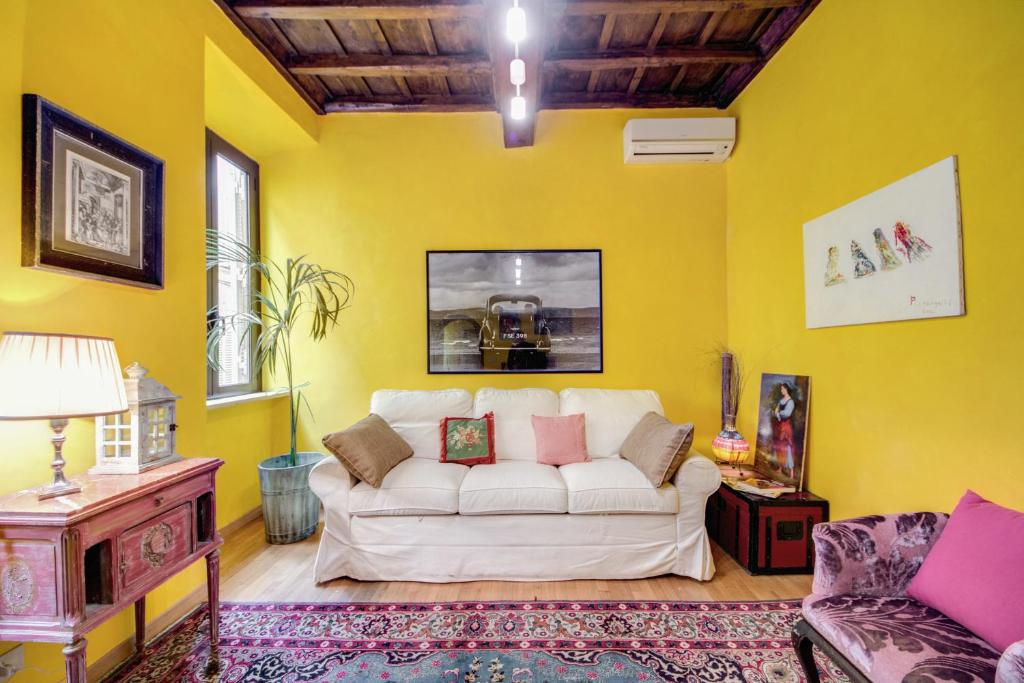 RSH Spanish Steps Apartments - Laterooms