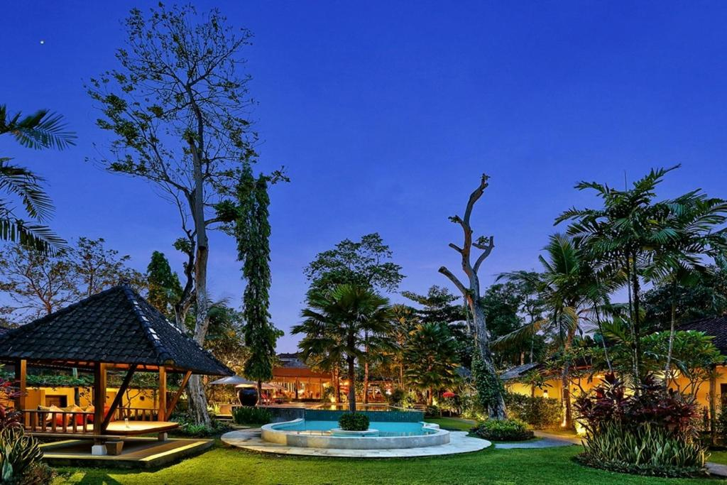 The swimming pool at or close to Y Resort Ubud