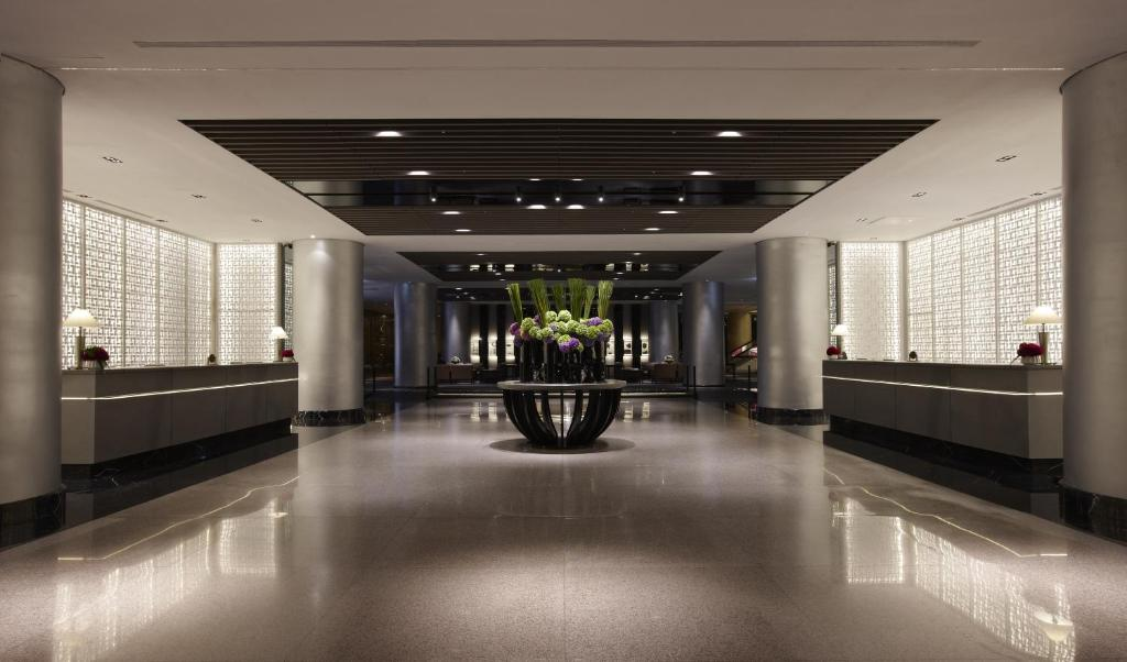 The lobby or reception area at Regent Taipei