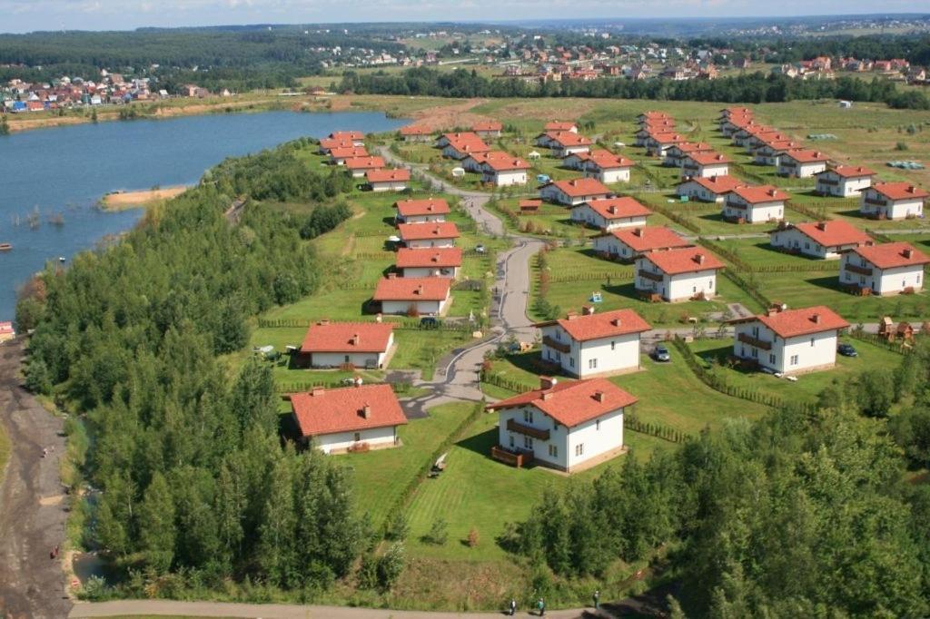 A bird's-eye view of Cottage Resort Spas Kamenka