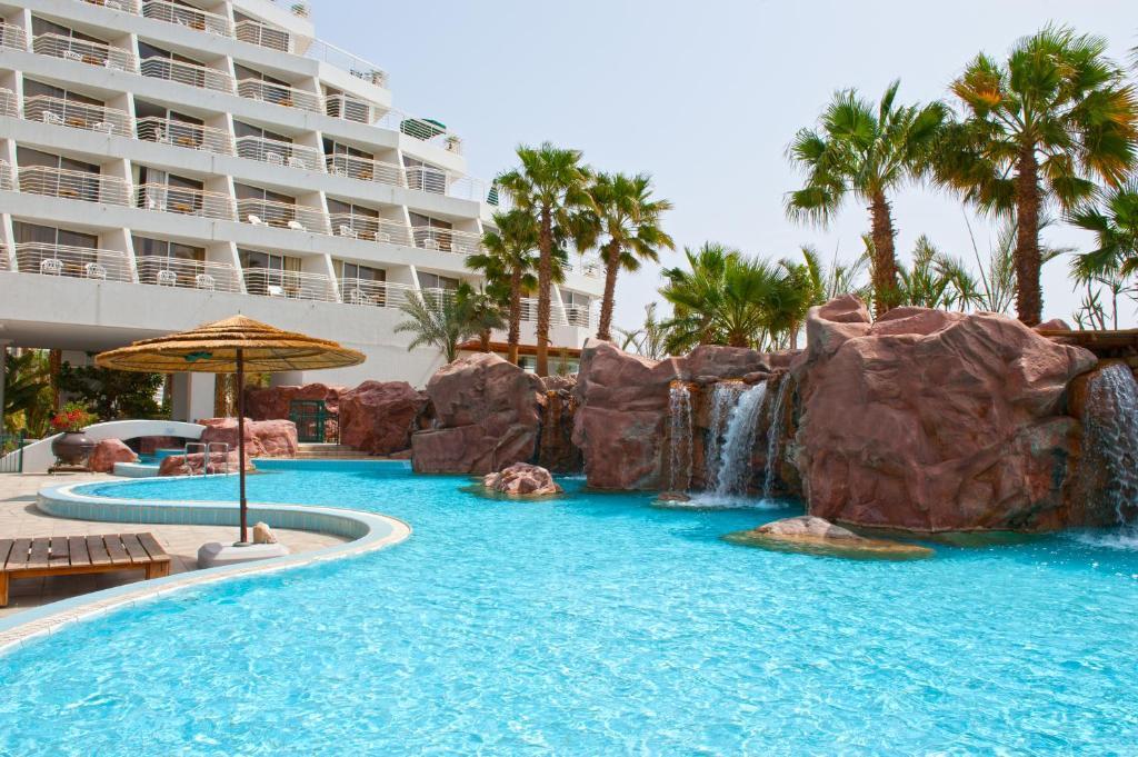 Бассейн в Leonardo Plaza Hotel Eilat или поблизости