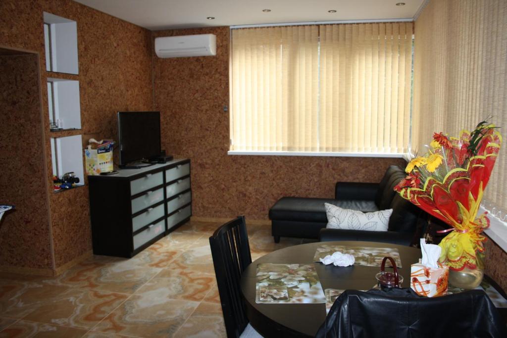 Лобби или стойка регистрации в Апартаменты «Войкова 23»