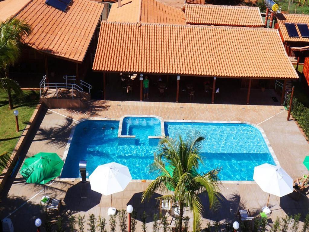 Uma vista da piscina em Pousada Shekinah ou nos arredores