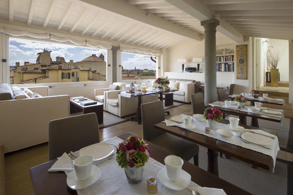 Ristorante o altro punto ristoro di Residenza D'Epoca Home In Palace