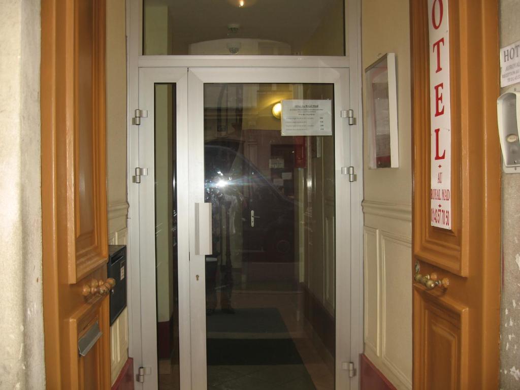 Au Royal Mad Hotel - Laterooms