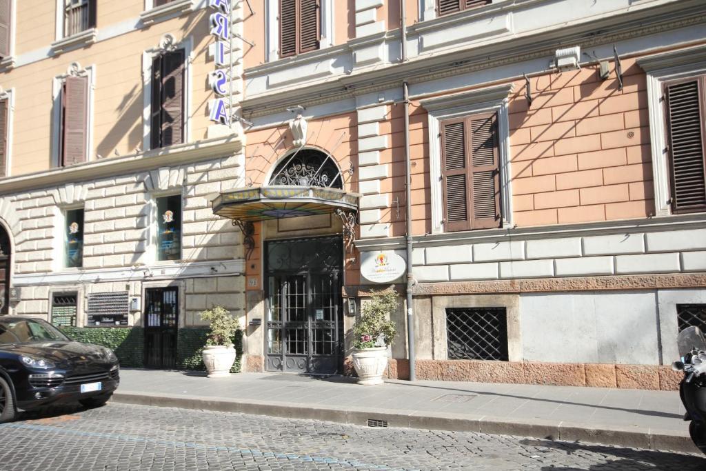 Hotel Marisa - Laterooms