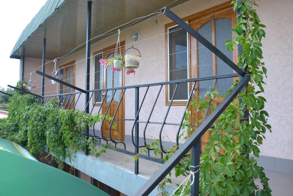 Балкон или терраса в Гостевой дом у Тещи