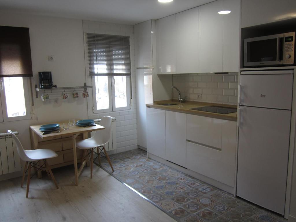 Una cocina o zona de cocina en Loló Vivienda de uso Turístico 09-27