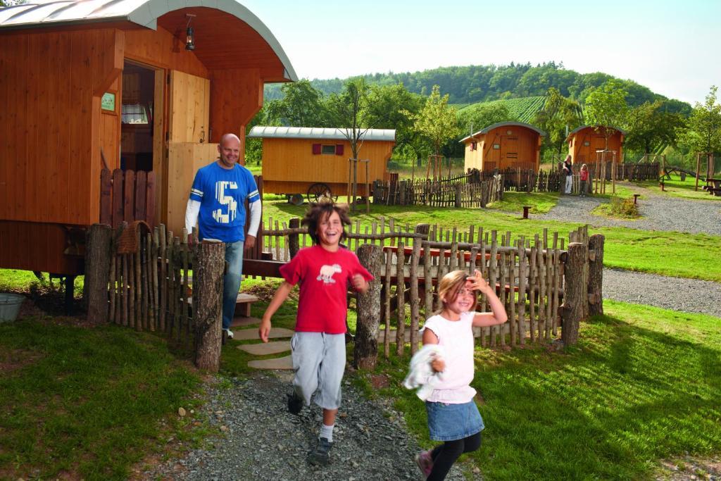 Kinderen die verblijven bij Erlebnispark Tripsdrill Natur-Resort