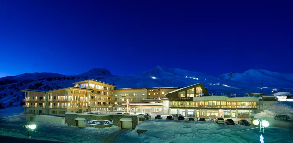 Grand Hotel Paradiso during the winter