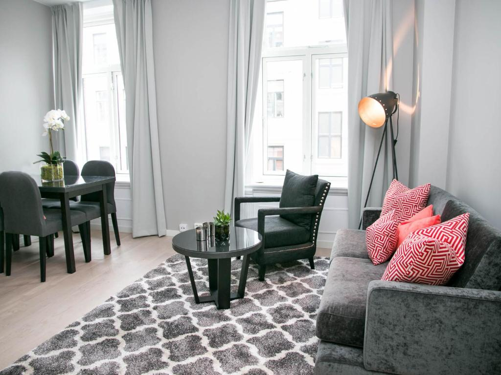A seating area at Frogner House Apartments - Odins Gate 10