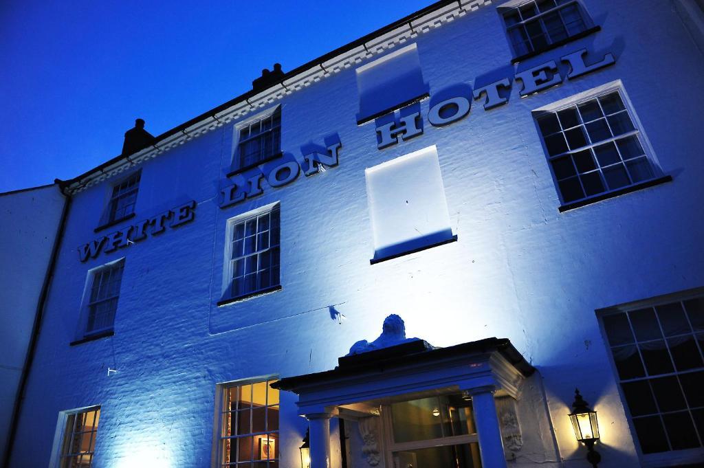 The White Lion Hotel – Aldeburgh (Bar & Brasserie) - Laterooms