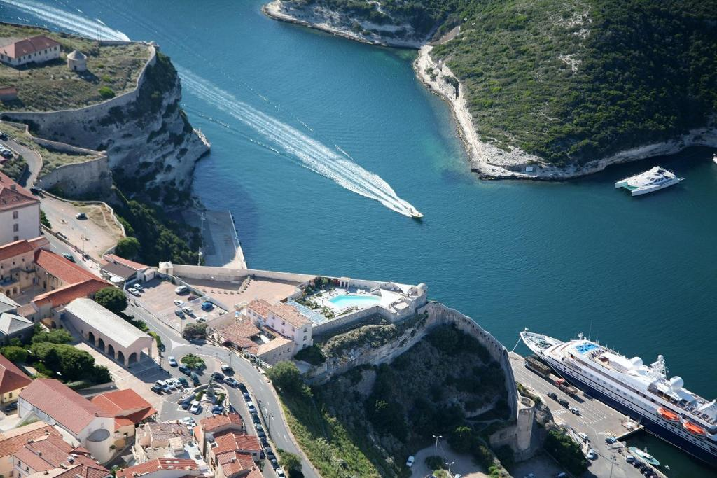 Vue panoramique sur l'établissement Hotel Spa Genovese