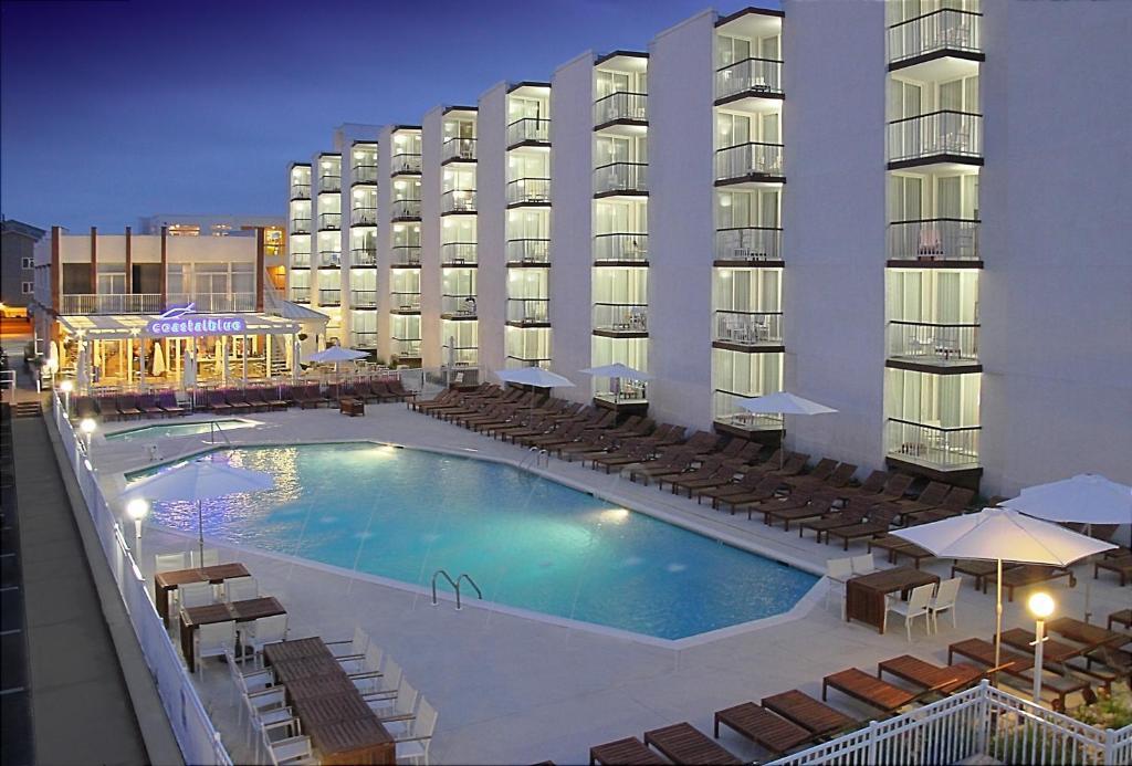 The swimming pool at or near ICONA Diamond Beach