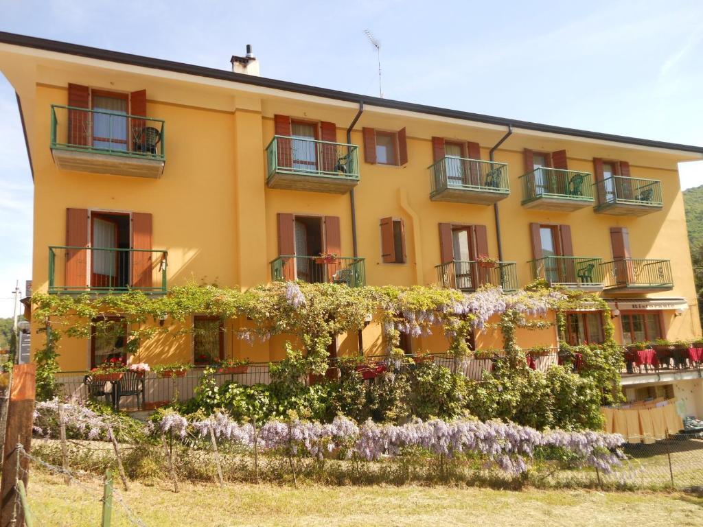 Hotel Montebaldina San Zeno di Montagna, Italy
